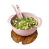 Tigela palha trigo com espátulas salada